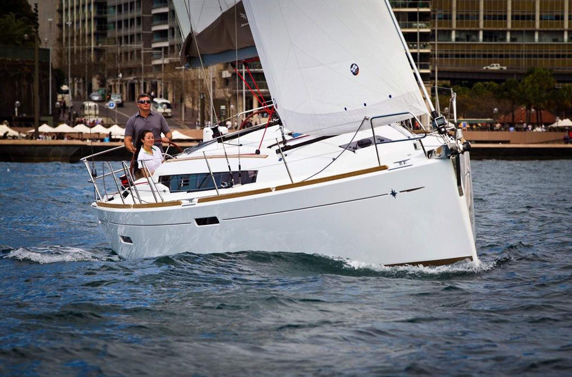 jeanneau-sun-odyssey-379-2-set-sail.jpg