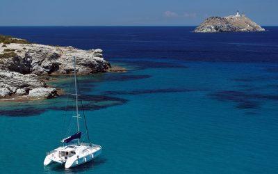 Corse : découvrir l'île de Beauté en catamaran